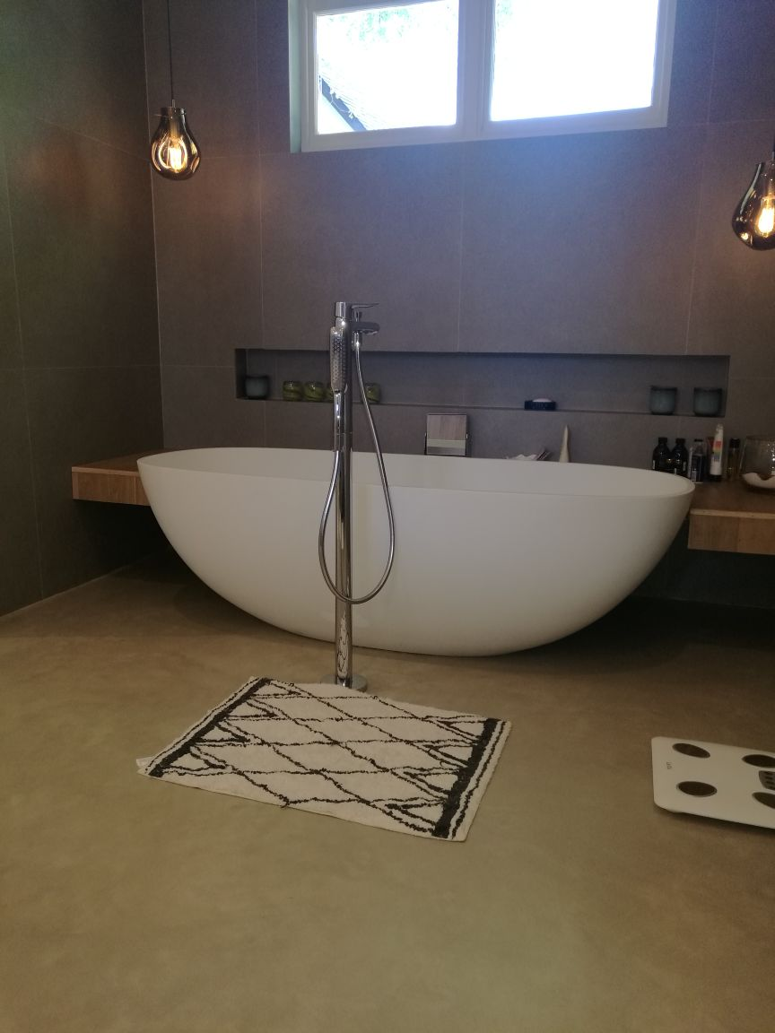 Deco Floor | Bathroom