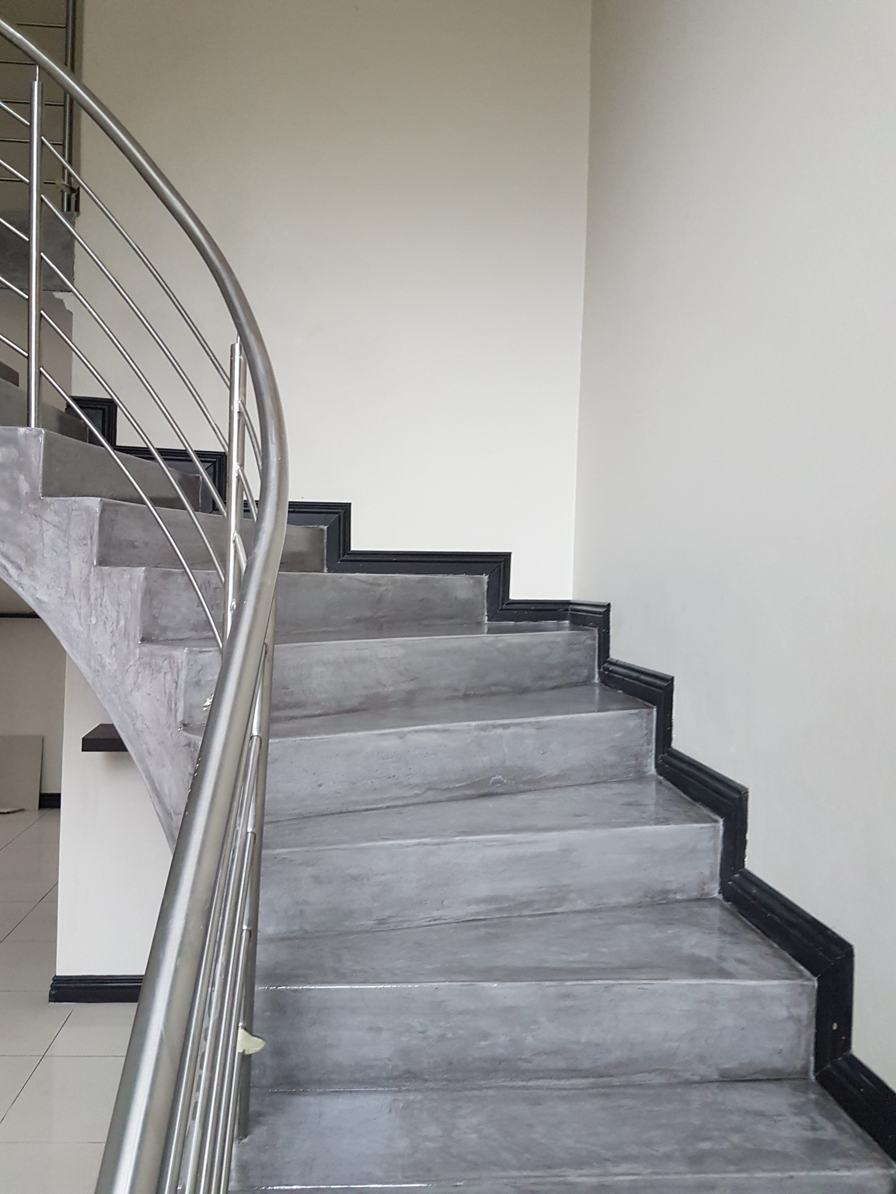 Deco Floor | Stairs Bushwillow